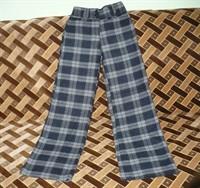 Pantaloni grosi de dama