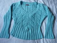 Bluza crosetata albastru deschis