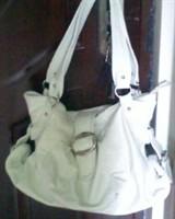 geanta mare alba