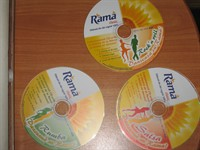 3 cd-uri cu muzica de  dans