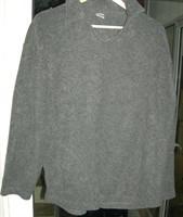 tricou barbatesc - gen hanorac