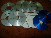 11 cd-uri cu manele