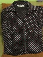 bluza  neagra cu picatele