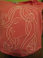 tricou roz imprimeu