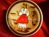 tarancuta cu marama - pirogravura si pictura pe lemn