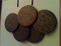 Coastere de lemn pentru pahare