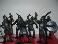 Set 6 figurine plastic negru