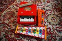 Instrumente muzicale de jucarie & figurine