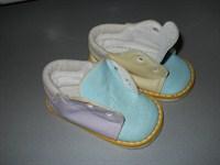 Ofer o pereche papucei bebe