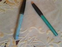 2 creioane de ochi