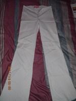 Pantaloni albi, evazati - S