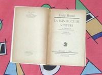 """Cartea """"La rascruce de vanturi"""" de Emily Bronte"""