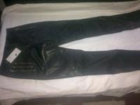 Pantaloni lungi - imitatie de piele