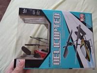 elicopter cu telecomanda + baterii