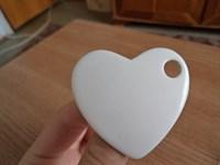 brosa inima alba