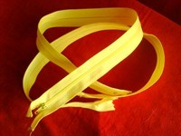 2 fermuare galben deschis (2)
