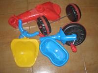 Tricicleta plastic defecta