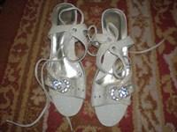 Sandale albe mar 39