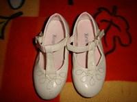 Sandale fetite