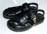 Sandale barbatesti, din piele