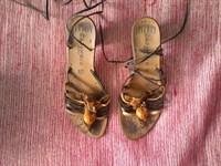 Sandale marimea 37