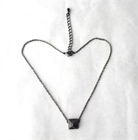 Colier metalic negru cu medalion cu marcasite