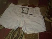 pantaloni scrurti