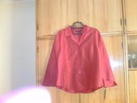 Bluza rosie noua