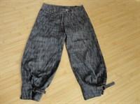 pantaloni trei sferturi 2