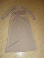 o alta rochie de ocazie