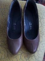 pantofi maro