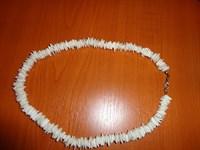 colier alb