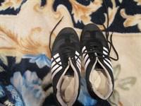 Adidasi sport
