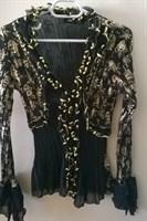 Bluza neagra cu detalii aurii