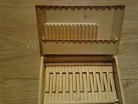 4575. Cutie de lemn pentru tigari