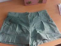 pantaloni scurti S