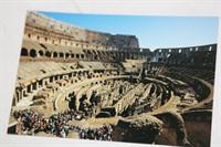 Carte postrala cu Coloseumul din interior