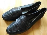 Pantofi nr. 42