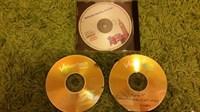 CD-uri: Windows XP, MS Office, Engleza pentru afaceri