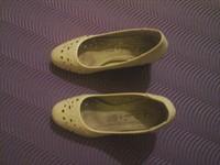 Pantofi nr. 35