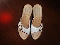 Papuci de dama albi (nr.36)