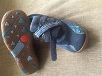 Papucei fetita nr 29