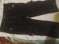Pantaloni trei sferturi din reiat negru mai sters