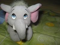 jucarie elefantelul dumbo