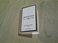 Mostra parfum givenchy