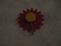 Suport de agatat in forma de floare